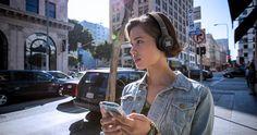 JBL DUET BT: fone de ouvido sem fio da linha Lifestyle chega ao Brasil. Os Fones prometem 16 horas de reprodução e custam R$ 599.