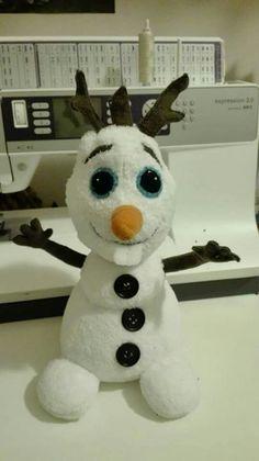 phrenos.terapia@gmail.com Olaf, textile toys, handmade