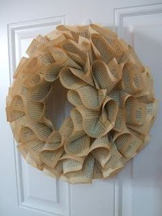 Roundabout: Wreath Tutorial & GIVE-A-AWAY!!