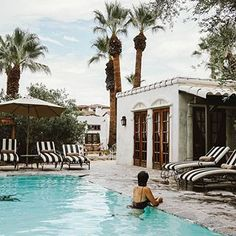 Escaped to the desert for a few days of sunshine with @lovehorsemanship ☀️ #btinPalmSprings #palmsprings • • • • • • # #wanderlust #thatsdarling #travel #mytinyatlas #sonyalpha #theglobewanderer #beautifuldestinations #liveauthentic #earthpix #theoutbound #bestvacations #lonelyplanet #explorertocreate #artifactuprising #stayandwander #peoplescreative #sheisnotlost #bbctravel #travelerinPalmsprings