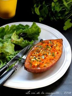 Sweet potato stuffed with Feta and herbs - Sweet Potato Stuffed with Feta and Herbs Keto Crockpot Recipes, Healthy Recipes, Cream Cheese Recipes, Casserole Recipes, Sweet Potato, Cri, Easy Meals, Veggies, Food And Drink