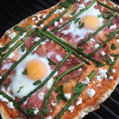 Asparagus is in season and we are lucky to have our own local supplier who has been on her farm for 68 years! Tonight we did asparagus and egg pizza on the bbq with ricotta, prosciutto and goat cheese! @zimmysnook