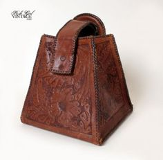 1920's Hand Tooled Leather Box Purse VINTAGE HAND BAGS PURSES 20'S, 40'S, 50'S, 60'S, 70'S :