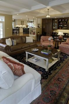 How To Decorate With A Leather Sofa And Fabric Chairs Sofas Decorating