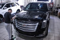 Protection wrapping for Cadillac Escalade in Hexis Bodyfence