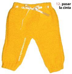 Pantalón para bebe - Tejiendo Perú Baby Pants, Knit Pants, Knitting For Kids, Parachute Pants, Sweatpants, Crochet, Ravelry, Patterns, Youtube
