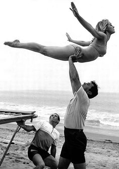 Tony Curtis and Sharon Tate on the set of Don't Make Waves (1967)