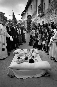Cristina Garcia Rodero - El Colacho, Castrillo de Murcia, Burgos, Spain this centuries old festival.'the devil' jumps over 1 year old babies to cleanse their spirits. Photography Exhibition, Street Photography, Valencia, Pinterest Photography, Photographer Portfolio, Graduation Pictures, Stunning Photography, Magnum Photos, Black White