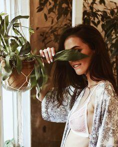 Do widzenia, do jutra! @justyna.raj3k w staniku Nie Patrz  fot. @martajankowskaphotography, make up @just.glooow  #lebaiserlingerie #lebaiser #bielizna #underwear #lingerie #stanik #bra #model #kobieta #woman #polishgirl #instagirl #instafashion #instastyle #ootd #fashion #bestoftheday #picoftheday #prezent #gift #pomysłnaprezent #handmadewithlove #handmade #pannamłoda #bride #ślub #wedding #bohobride #flowerlover #sundaymood