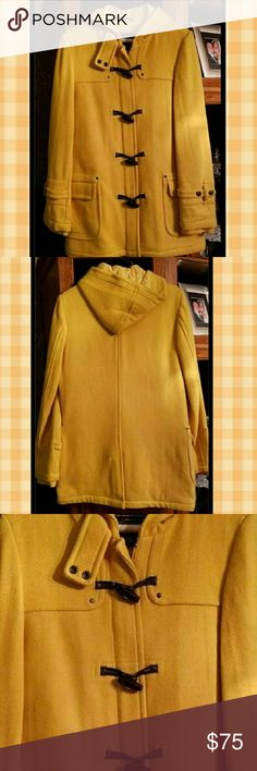 Women's AE American Eagle Hooded Toggle Coat Med Excellent Condition - Like New, Only Worn a Few Times. Zips and has toggle closure.  31 Long 19.5 across under armpit  Freshly Dry Cleaned   Retail $169.00 American Eagle Outfitters Jackets & Coats