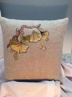 Embroidery Hoop Crafts, Hand Embroidery Art, Embroidery Designs, William Morris Art, Craftsman Living Rooms, Art Nouveau Pattern, American Craftsman, Etsy Crafts, Red Tulips