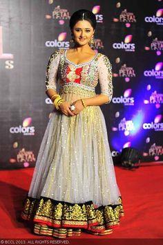 Rashami Desai arrives for the Colors TV Golden Petal Awards, held at Bandra-Kurla Complex Ground in Mumbai on December 2013 Floor Length Anarkali, Indian Outfits, Beautiful People, Awards, Bridal, Formal Dresses, Celebrities, Mumbai, Pakistani