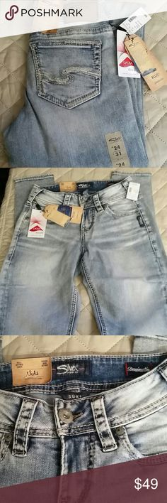 Silver Jeans size W 24 / L 31 These are new with tags Silver Jeans waist 24 length 31 mid-rise skinny leg Silver Jeans Jeans