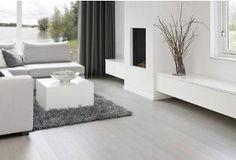 een witte houten vloer is een droom.