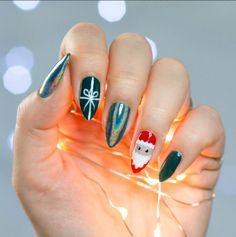 super cute! laser and santa Almond Nails  amazing xmas nails