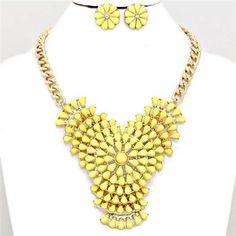 Chunky Yellow Flower Gold Chain Necklace Earring Set Fashion Costume Jewelry