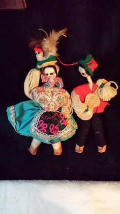 Pair of Portuguese Handmade Souveneir Dolls of cloth and yarn