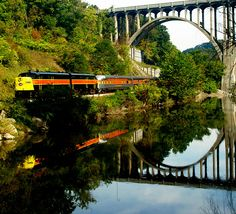 1. Cuyahoga Valley Scenic Railroad (Peninsula)