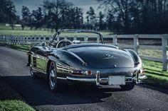 Deze Mercedes-Benz 300 SL Roadster uit 1958 is het toppunt van stijl  - Esquire.nl