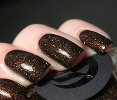 Cirque - French Roast from the Dark Horse Collection: .pretty, have a nice snow like white glitter in clear base too. Glitter Manicure, Sparkly Nails, Manicure Y Pedicure, Manicure Ideas, Nail Tips, Nail Ideas, Cute Nails, Pretty Nails, Hair And Nails