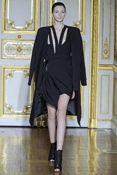 Rad Hourani Couture Spring 2014 - Slideshow - Runway, Fashion Week, Fashion Shows, Reviews and Fashion Images - WWD.com