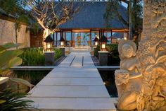 Google Image Result for http://www.thevillaguide.com/Upload/Villa/gallery/F/URID13024302-Pushpapuri-Bali-Entrance-Path.jpg