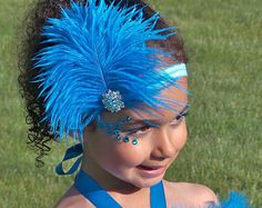 READY TO SHIP: Stretchy Feather Headband - Turquoise Blue - Blue Macaw Bird Costume Accessory - Jungle Jewel - Fits toddler to adult Rio Carnival Costumes, Seussical Costumes, Ballet Costumes, Dance Costumes, Halloween Costumes, Ballet Tutu, Samba Dance, Clogs Outfit, Aladdin Costume