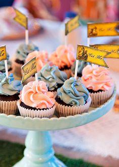 Vintage Style Alice in Wonderland Birthday Party