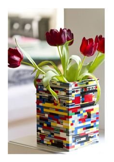 http://home.lifegoesstrong.com/slideshow/party-decorate-slideshow-image/party-lego-vase  Party: Lego Vase