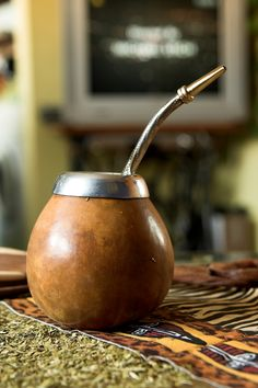 exotic beverages to beat winter's chill Yerba mate is a stimulating tea made from a leaf that grows in South America.Yerba mate is a stimulating tea made from a leaf that grows in South America. Yerba Mate, Metal Straws, How To Eat Better, Loose Leaf Tea, Moscow Mule Mugs, Gourds, Food Photo, Tea Time, Chill