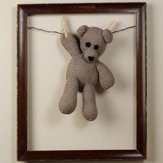 """This would be a cute way to display the kids favorite stuffed animals now that they are """"too old"""" to sleep with them! - or in a shadow box, to keep them dust-free :) Stuffed Animal Displays, Stuffed Animals, Ideas Habitaciones, Animal Crafts, Handmade Toys, Shadow Box, Pet Toys, Baby Love, Cuddling"""