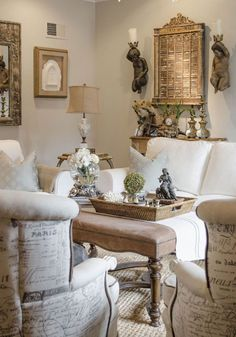 Stunning French Country Living Room Decor Ideas 43