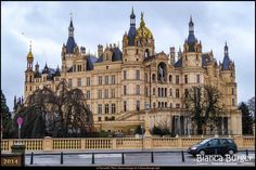 Schwerin (Dez 2014) - Das Schweriner Schloss #MecklenburgVorpommern #Schwerin #SchwerinerSchloss #Deutschland #Germany #biancabuergerphotography #igersgermany #IG_Deutschland #ig_germany #shootcamp #shootcamp_ig #pickmotion #Schloss #castle #Reise #travel #diewocheaufinstagram #canon #canondeutschland #EOS70D #sightseeing #Sehenswürdigkeit