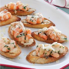 Creamy Garlic Shrimp Crostini on Foodie Appetizer Dips, Yummy Appetizers, Appetizers For Party, Appetizer Recipes, Tapas, Garlic Shrimp, Shrimp Recipes, Clean Eating Snacks, Finger Foods