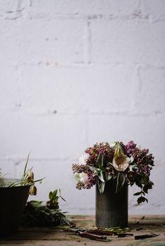 Le livre Tables Fleuries de Nessa Buonomo http://www.vogue.fr/mariage/inspirations/diaporama/le-livre-tables-fleuries-de-nessa-buonomo/23790#le-livre-tables-fleuries-de-nessa-buonomo-4