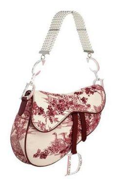 Women's Handbags & Bags : Les plus grandes marques de luxe au monde, Luxury & Vintage Madrid, vous propose. Dior Purses, Dior Handbags, Dior Bags, Galliano Dior, John Galliano, Dior Saddle Bag, Saddle Bags, Workwear Fashion, Fashion Bags