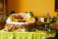 Great site with tips for setting up a buffet