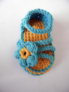 Ravelry: Baby 3 Strap Flower Sandal Crochet Pattern pattern by Rebecca Rodriguez.  Pattern for sale.