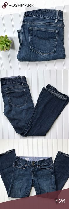 """⭐️4 for $50⭐️ GAP Perfect Boot jean Perfect Boot jeans from Gap. Contoured waist, factory whiskering, classic 5 pocket style. Mid rise. Size 27/4a. EUC. Approx measurements, waist 15"""", hip 17"""", rise 8"""", inseam 28"""". GAP Jeans Boot Cut"""