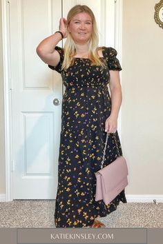 """Eight maxi dresses from Amazon to help inspire you to find your style. I'm 5'2"""", so it's difficult to find a maxi dress that fits me! Online Deals, Fashion Beauty, Fashion Tips, Cold Shoulder Dress, Lifestyle, Amazon, Maxi Dresses, Coupons, Summer"""