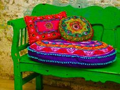 ⋴⍕ Boho Decor Bliss ⍕⋼ bright gypsy color & hippie bohemian mixed pattern home decorating ideas - settee - color me happy Indian Interiors, Colorful Pillows, Bright Pillows, Accent Pillows, Floor Pillows, Happy Colors, Bright Colors, Bright Green, Accent Colors