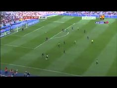 Messi teaches drenthe how to dribble! MUST WATCH
