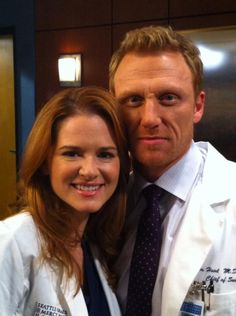 Cast on set Sarah Drew n Kevin McKidd