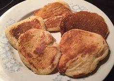 Πανευκολα pancakes για παιδιά Oats Recipes, New Recipes, Pancakes, French Toast, Sweets, Breakfast, Greek Beauty, Foods, Morning Coffee