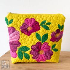 Dzikie róże - patchworkowa kosmetyczka   B-craft