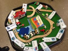 An amazing story tray Check this link for more ideas related to The Train Ride Primary School, Pre School, Transport Topics, Year 1 Classroom, People Who Help Us, Eyfs Activities, Block Area, Writing Area, Train Journey