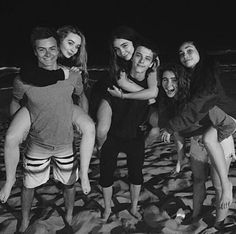 Gmw cast at the beach