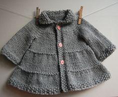 Manteau et veste à volants bébé et jeune enfant du 3 mois au 4 ans - explications tricot - Modèles de tricot chez Makerist