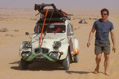 Citroen 2CV in the desert