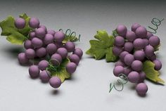 Grape Spray made out of gum paste Purple